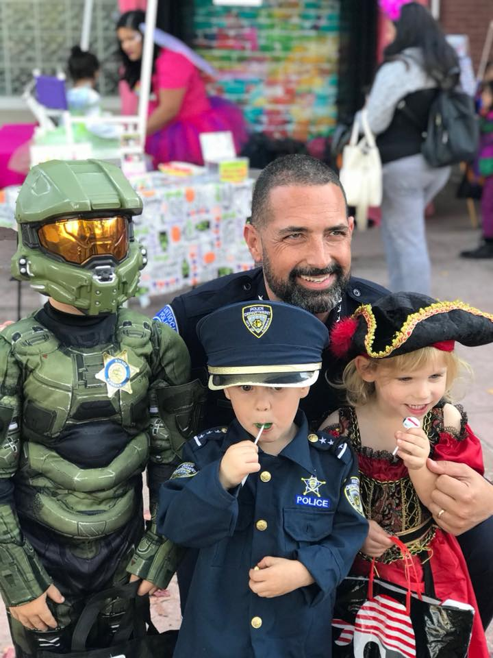 Trick or Treat with Antioch Police