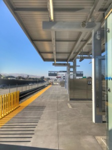 Pittsburg Bay Point BART Transfer Platform for Antioch BART Extension