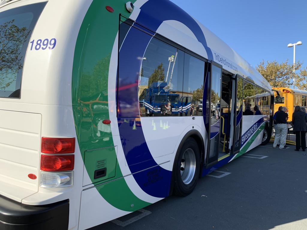 Tri Delta Transit - Big Trucks Antioch Ca